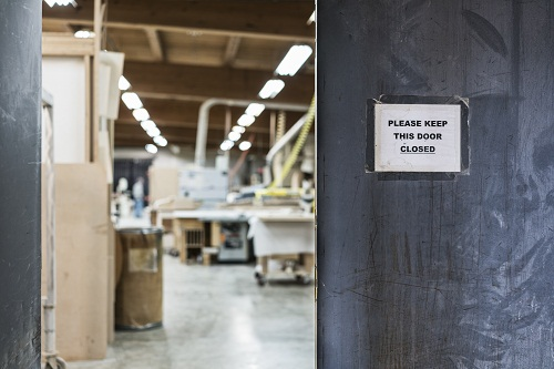 L'importance d'installer un arrêt de portail